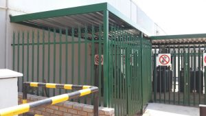 palisade fencing-5 cages