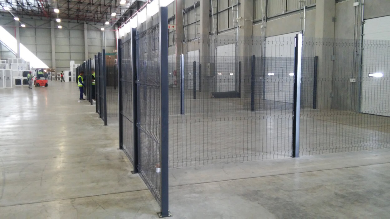 warehouse cage installation-3